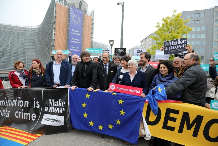 President Torra and President Puigdemont in Schuman Square