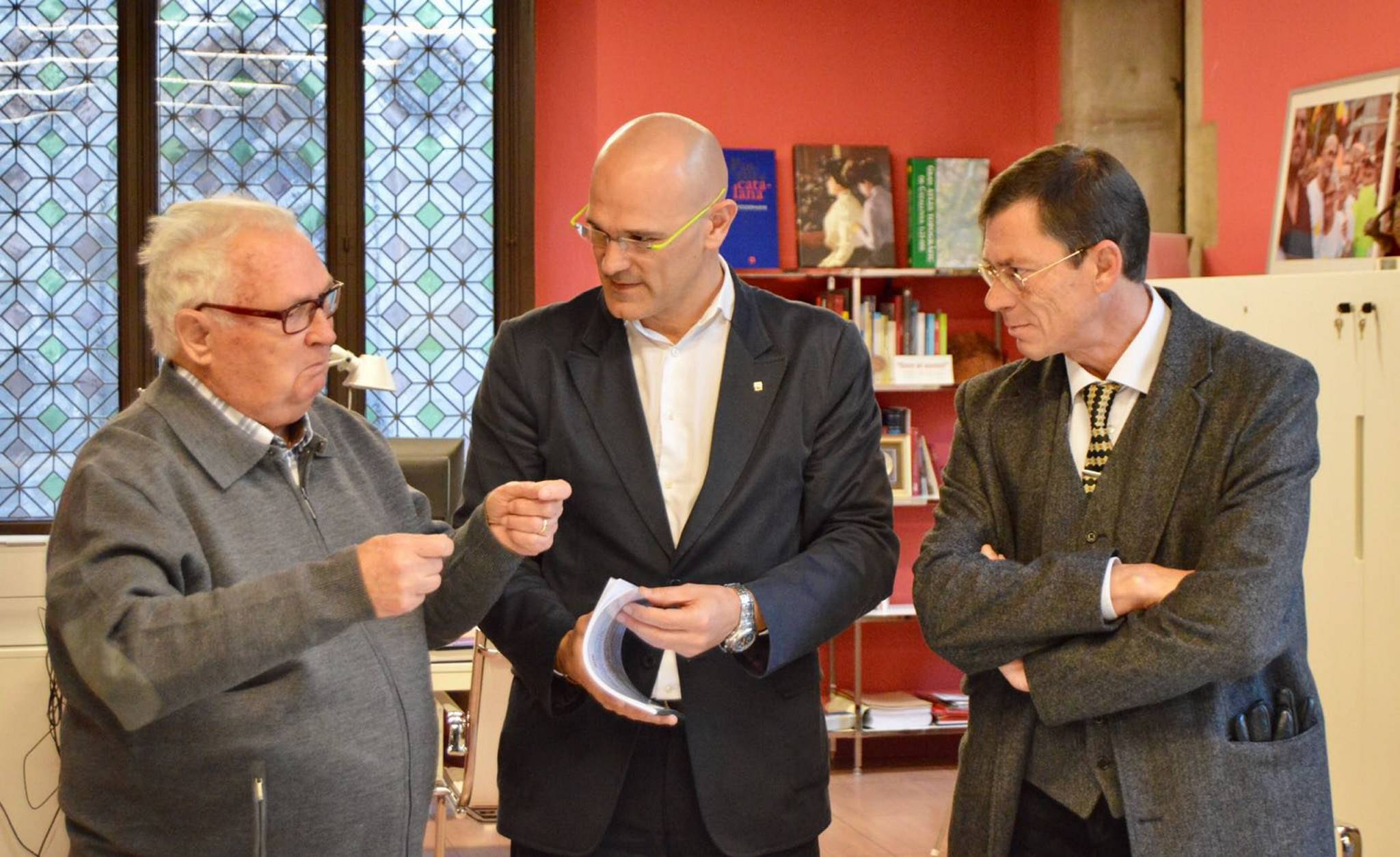Raül Romeva, met with members of the family of Vicente Santolaria Escrich, who disappeared during Franco's dictatorship